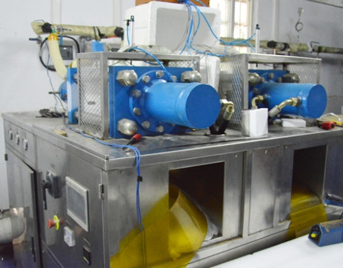 块状干冰生产机